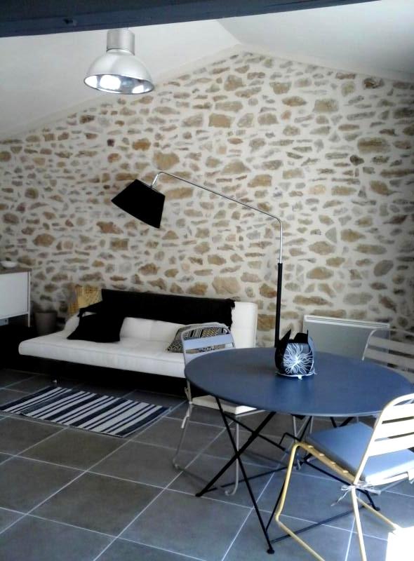 g tes de vacances vaison la romaine. Black Bedroom Furniture Sets. Home Design Ideas